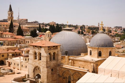 Israel ,Jerusalem, Church of the Holy Sepulchre, Student Travel, School Trip, Religion, Religious Studies © Noam Chen, ThinkIsrael.com